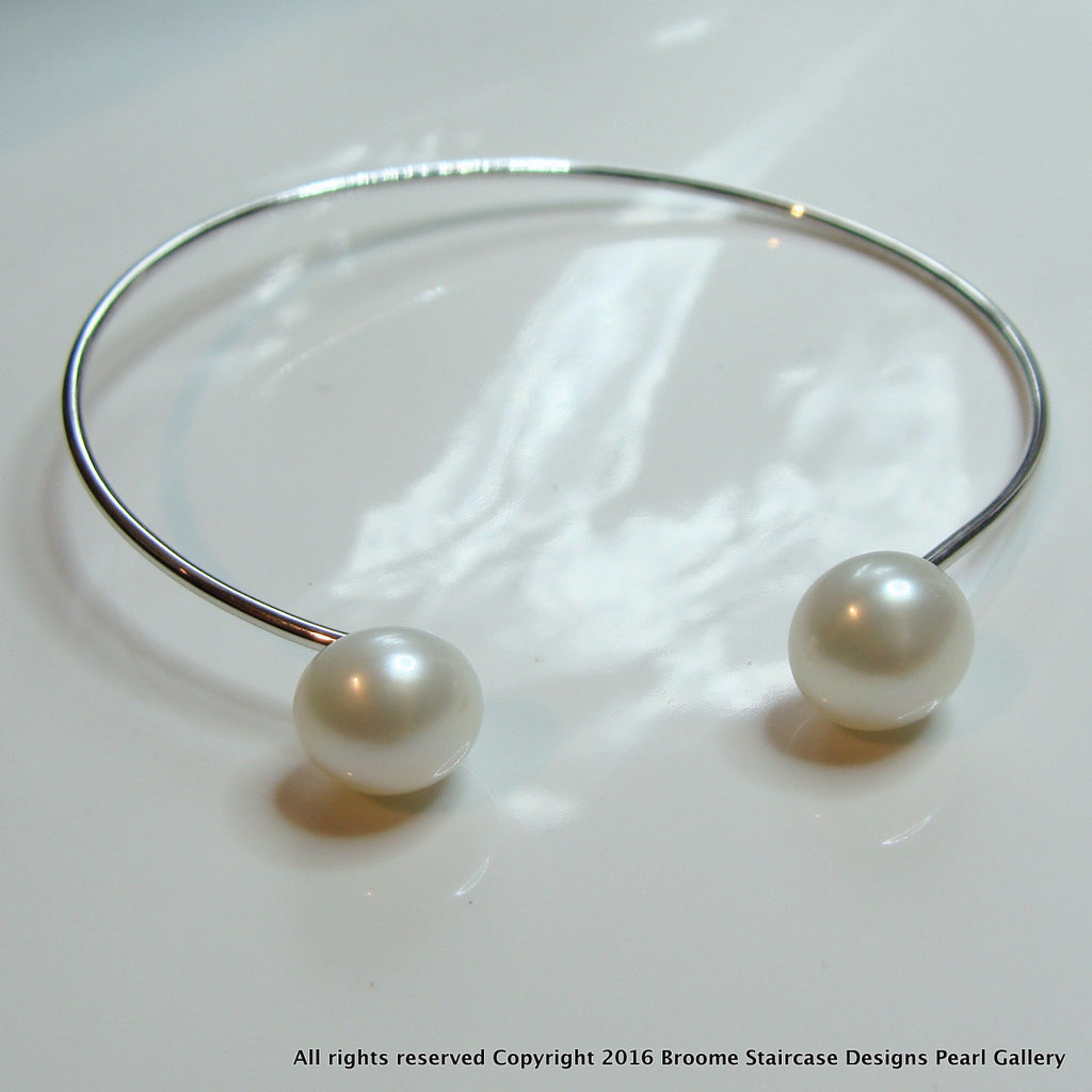 Cultured Freshwater Pearl Flexi Bangle