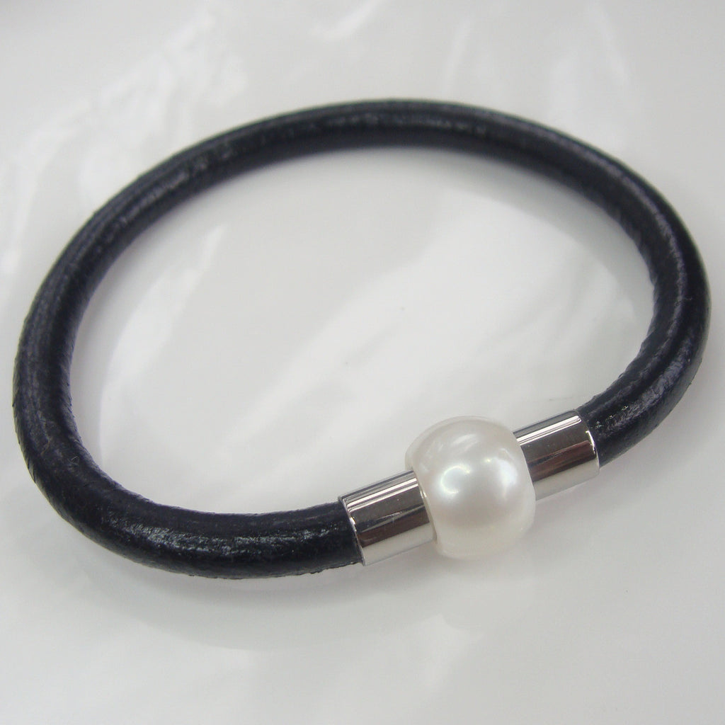 Leather and Cultured Pearl Bracelet Magnetic Hidden Clasp
