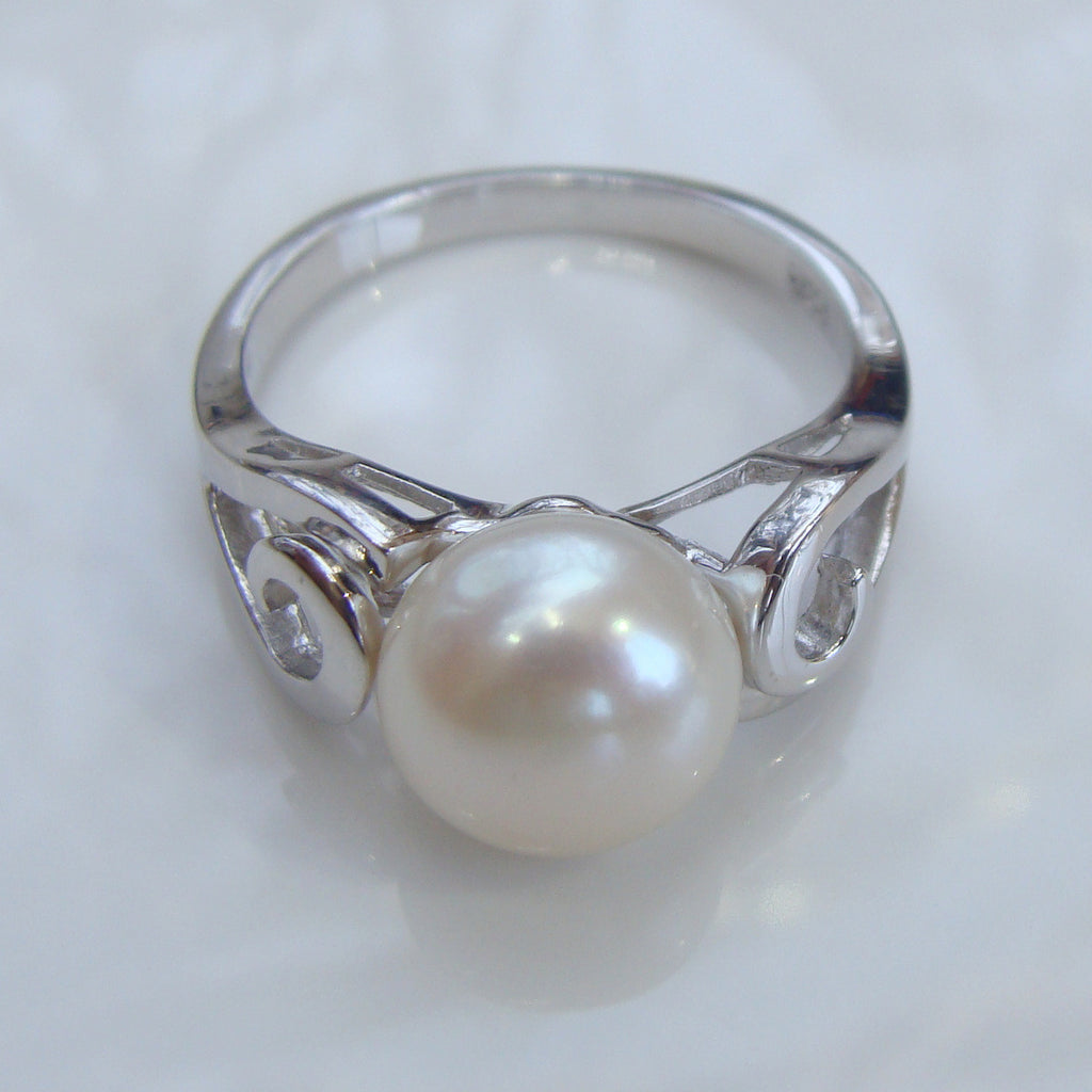 Cultured Pearl Ring sterling silver