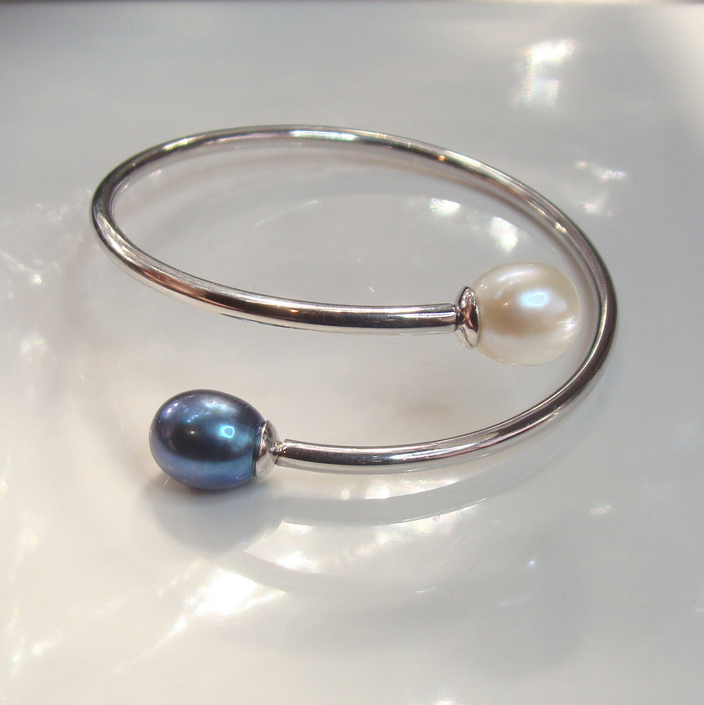 Cultured Freshwater Pearl Flexi Bangle Sterling Silver