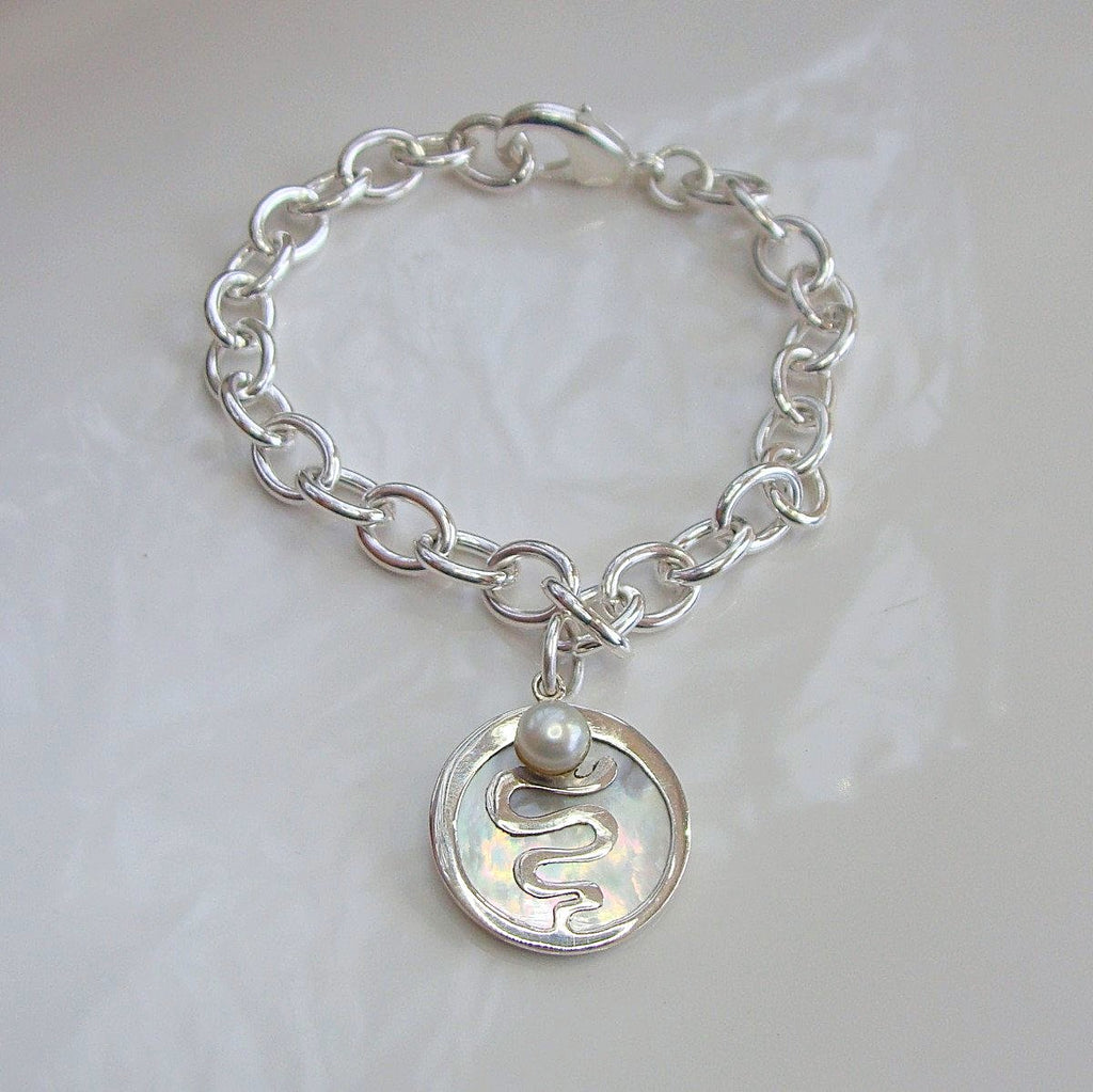 Mother of Pearl Staircase round Bracelet