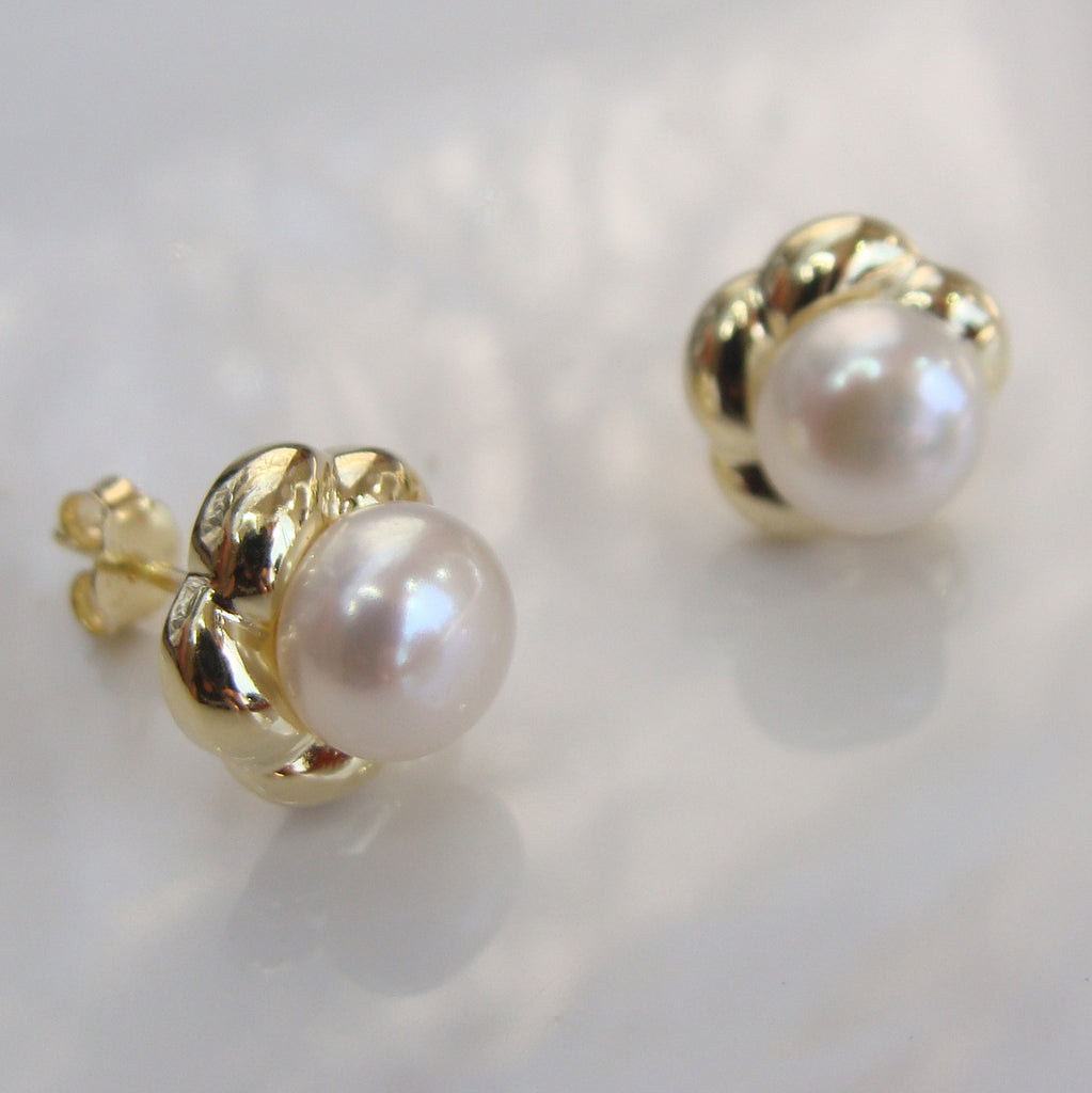 Cultured Freshwater White Pearl Studs - Gold >> 50% OFF RIGHT NOW!!