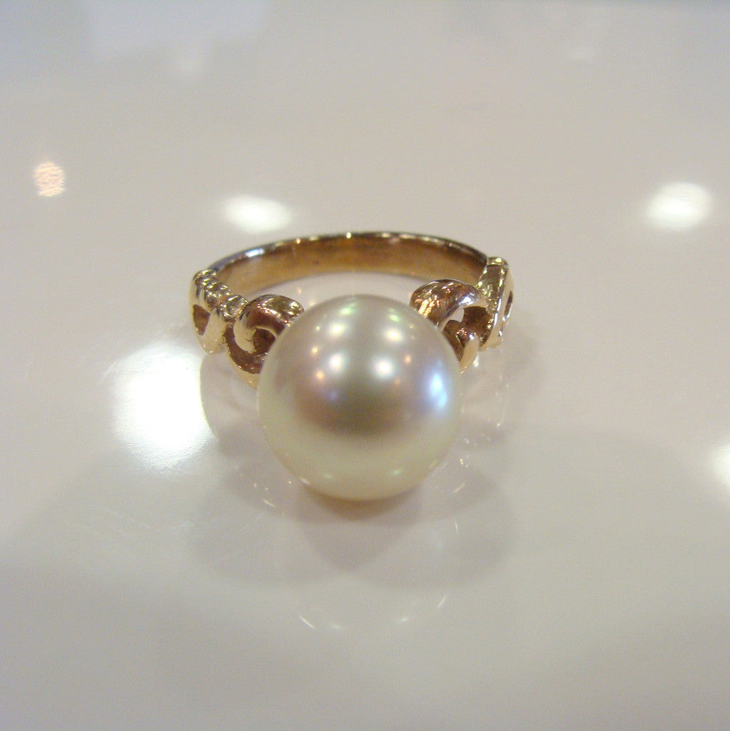 9ct Australian South Sea Pearl Ring - Broome Staircase Designs Pearl Gallery
