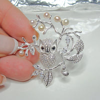 Cultured Freshwater Pearl and Owl Brooch
