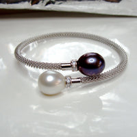 Cultured Pearl and CZ Bracelet >> FREE SHIPPING 24 HOURS!