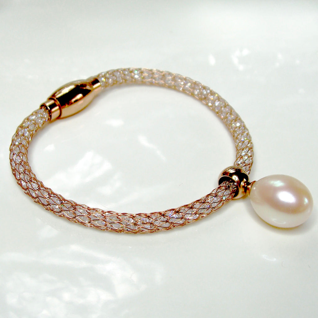 Cultured Freshwater Pearl Mesh and Crystal Bracelet
