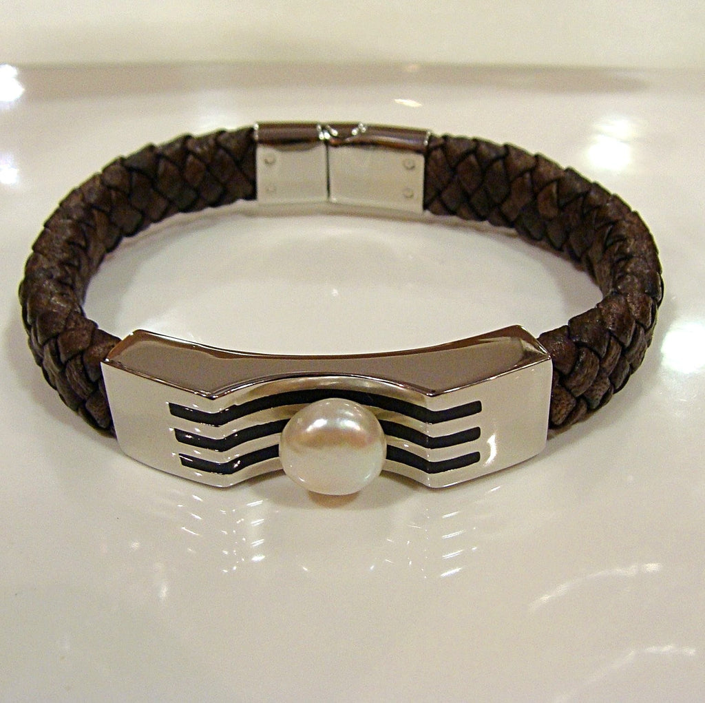 Freshwater Pearl & Leather Bracelet-Light Brown - Broome Staircase Designs Pearl Gallery - 1