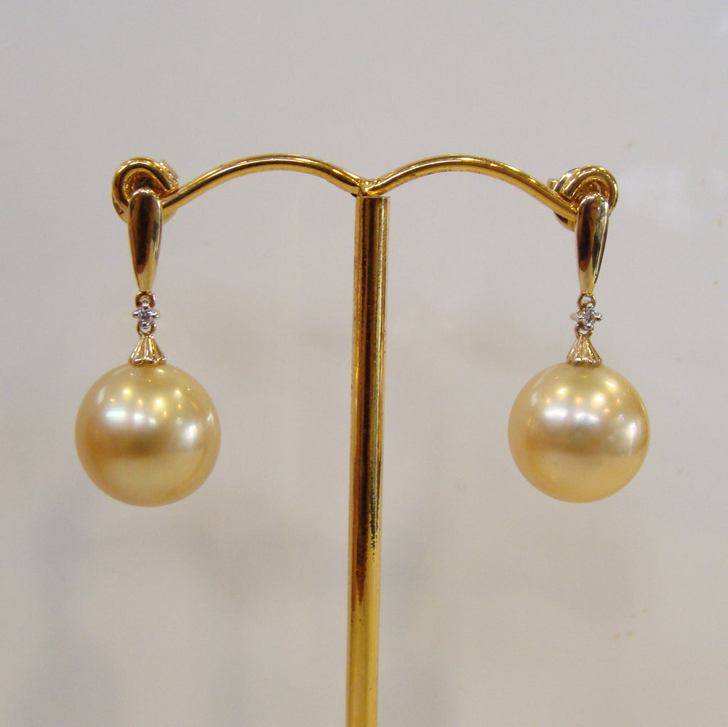 18ct Broome Pearl Earrings - Broome Staircase Designs Pearl Gallery