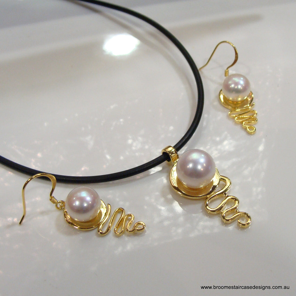 Staircase Pearl Pendant and Earring Set 'Cable Beach' (e/p) - Broome Staircase Designs Pearl Gallery