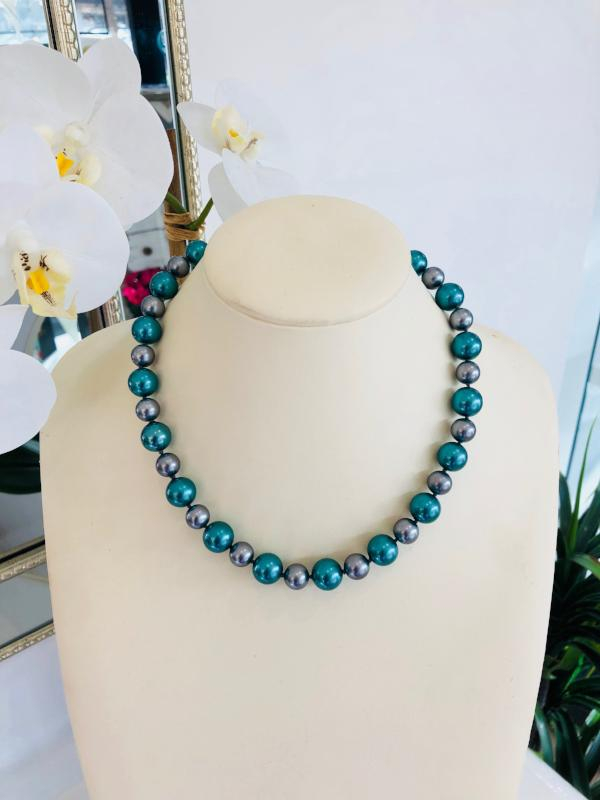 Shell Based Pearl Strand Necklace