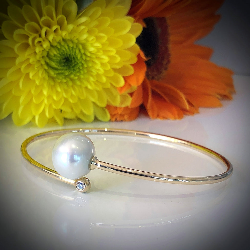 9ct Gold Bangle Pearl and Diamond Bracelet
