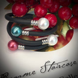 Shell Pearl Flexi Black Rubber Bracelet