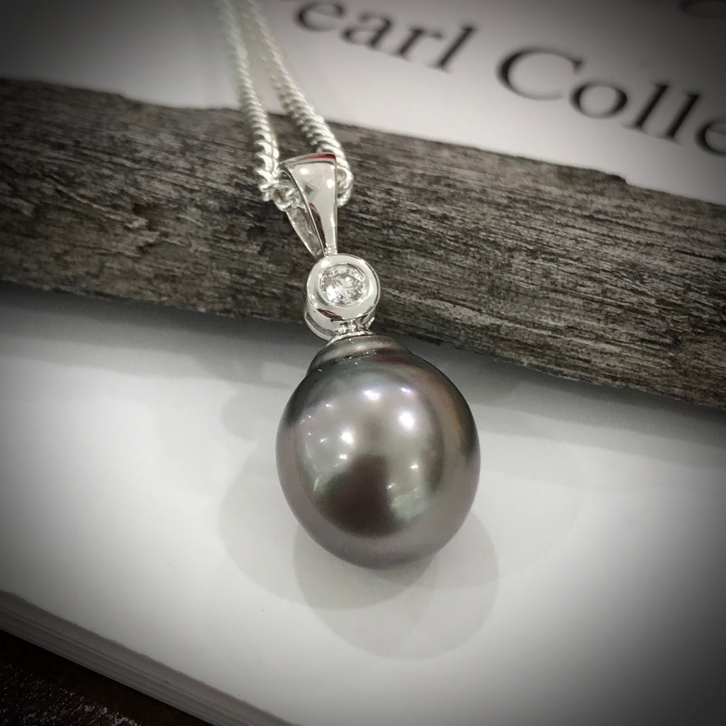 18ct White Gold Tahitian Pearl and Diamond Pendant