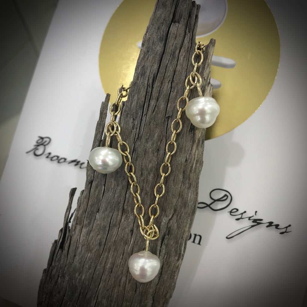 9ct Gold Broome Circle Pearl Bracelet