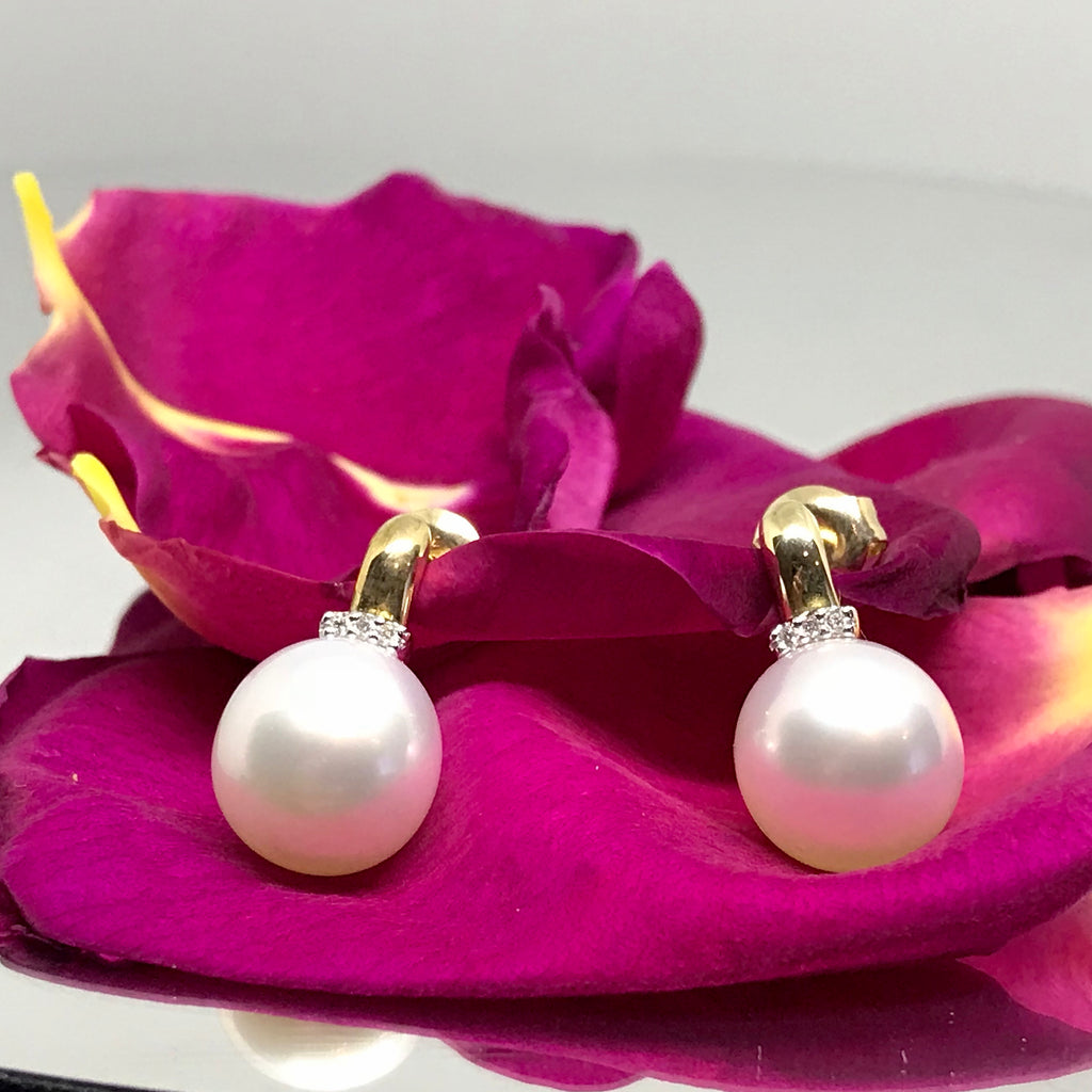 9ct Broome pearl earrings