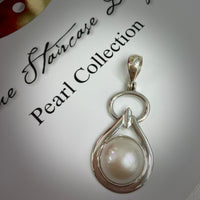 Stunning Aztec Style Mabe Cultured Pearl Pendant >> FREE BLACK LEATHER NECKLACE!