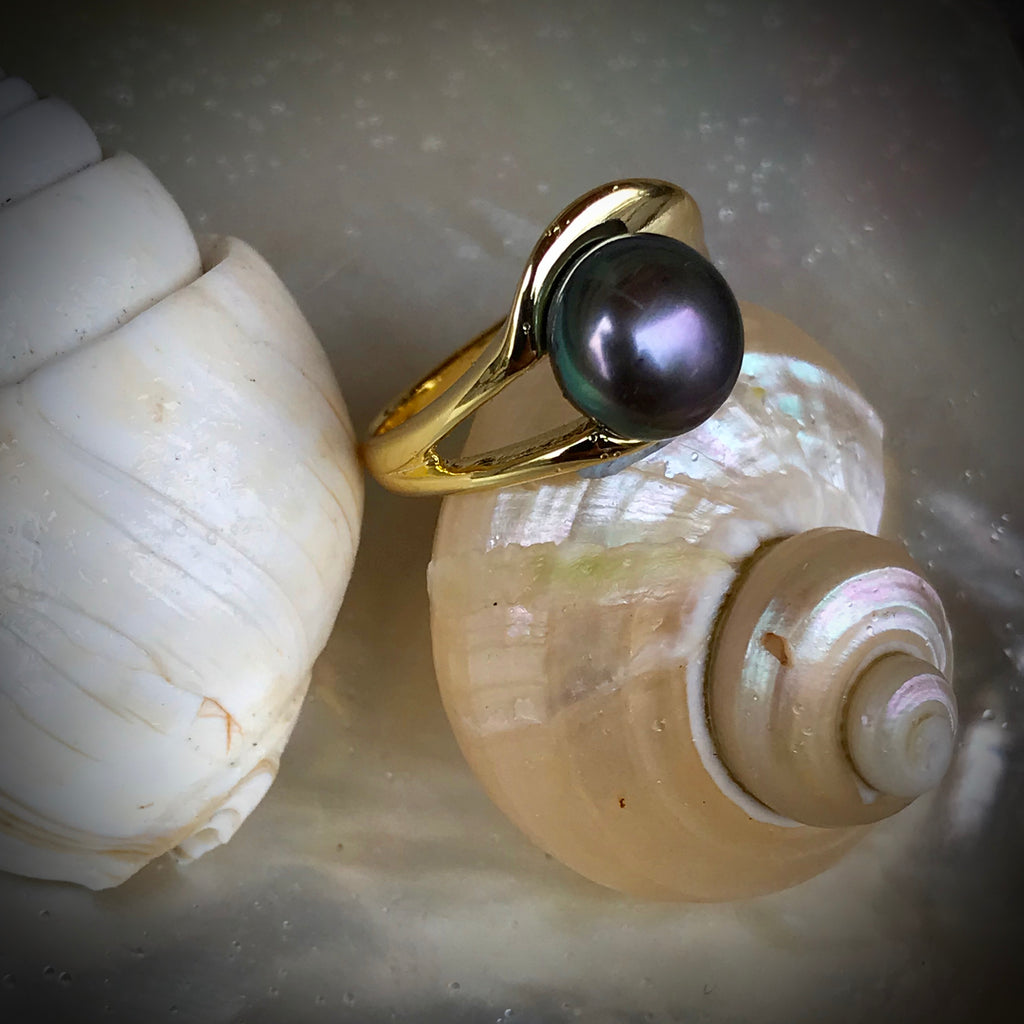 Cultured Freshwater Black Pearl Ring Gold