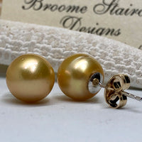 9ct Golden Broome Pearl Earring Studs