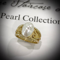 18ct Gold Australian South Sea Keshi Pearl Ring