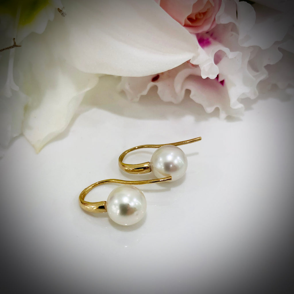 9ct Gold Broome Pearl Hook Earrings