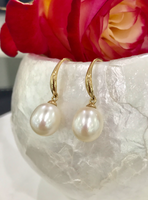 Cultured Freshwater Pearl Earrings 9ct Yellow Gold >> FREE SHIPPING!