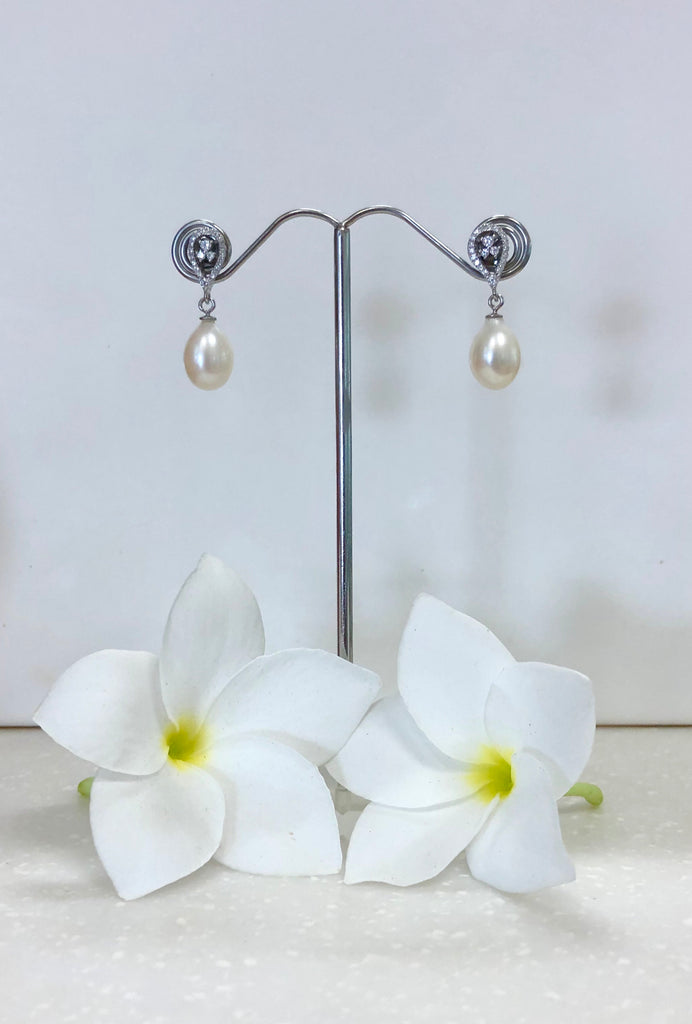 Cultured Freshwater Pearl Earrings Sterling Sliver & Cubic Zirconia