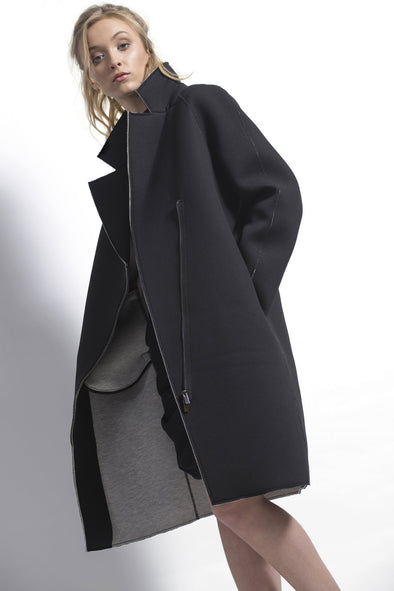 dref-by-d - Sage Coat Black