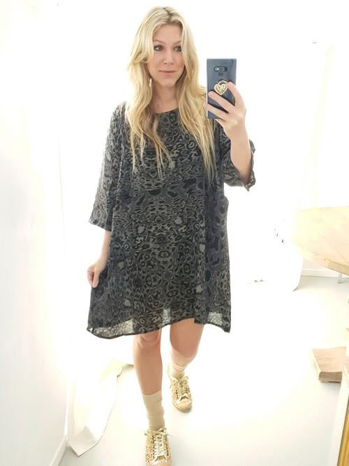 Helga May Cozy Dress Leopard Charcoal