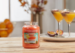 PASSION FRUIT MARTINI -Yankee Candle- Giara Media
