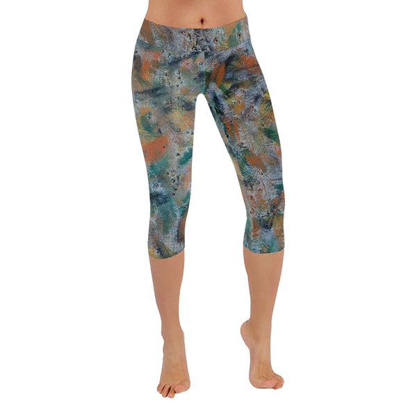 Hunting Season All-Over Low Rise Capri Leggings