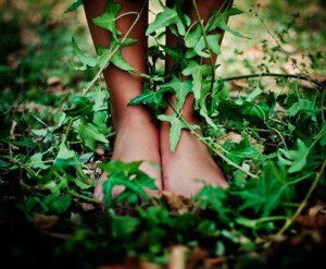 Feet-on-ground-in-ivy