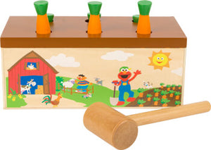 Sesame Street Hammer the Carrots Game