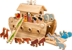 Large Deluxe Noah's Ark with 22 Animals plus Mr & Mrs Noah in Natural Wood