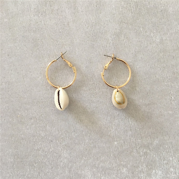Seashell hoop earrings
