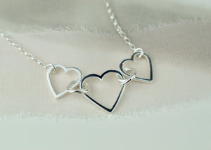 Hearts in a row necklace