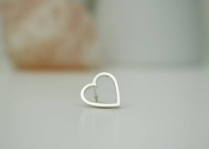 Heart Collar Pin