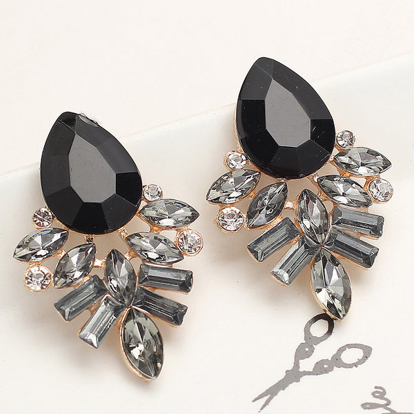Handmade Rhinestone sweet stud crystal Dangle earrings