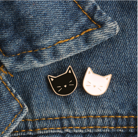 2 Pcs / Set Cartoon Cute Cat Animal Enamel Brooch
