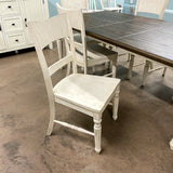 Vintage Estate Table & 6 Chairs
