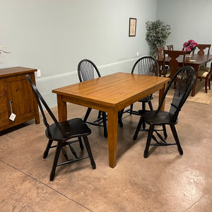 Treasures Table & 4 Chairs