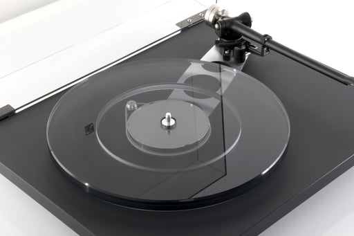 Rega Planar 6 Turntable with Neo TT-PSU Power Supply Upgrade - Safe and Sound HQ