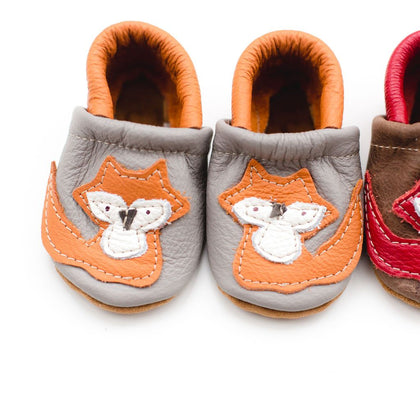 Starry Knight Design Appliqué Shoes Orange Fox Moccs