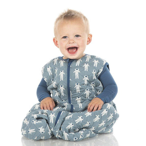 Print Quilted Sleeping Bag in Dusty Sky Astronaut/Twilight Rockets (0-6 Months) - New Baby New Paltz