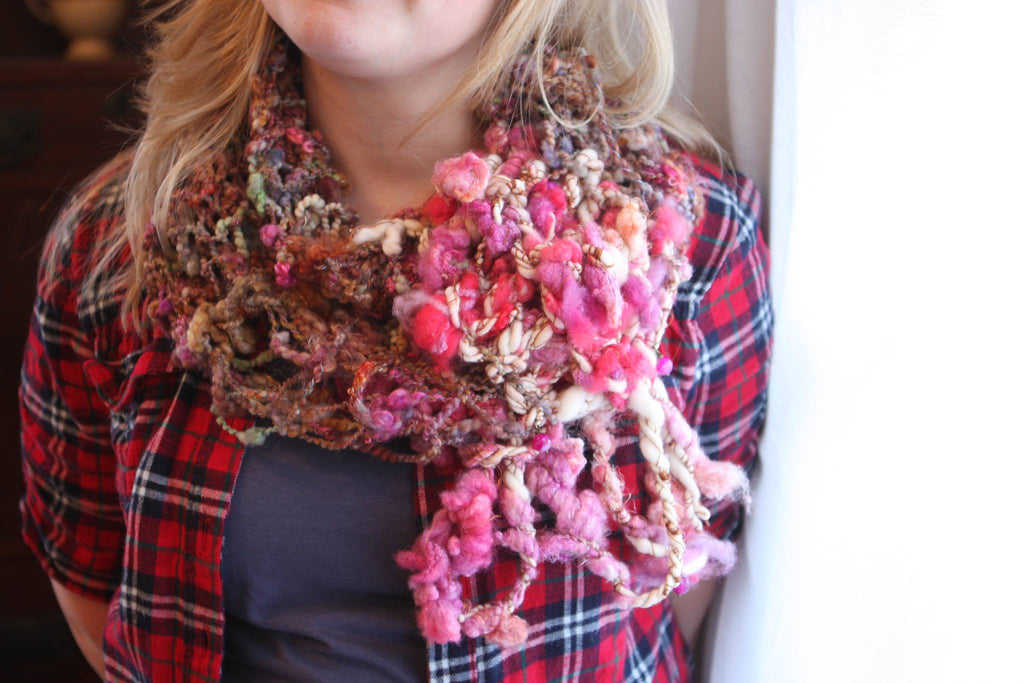 JOSEPHINE art yarn cowl (Free Knitting Pattern)