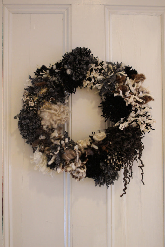 POM POM Wreath (Free Handspun Project)