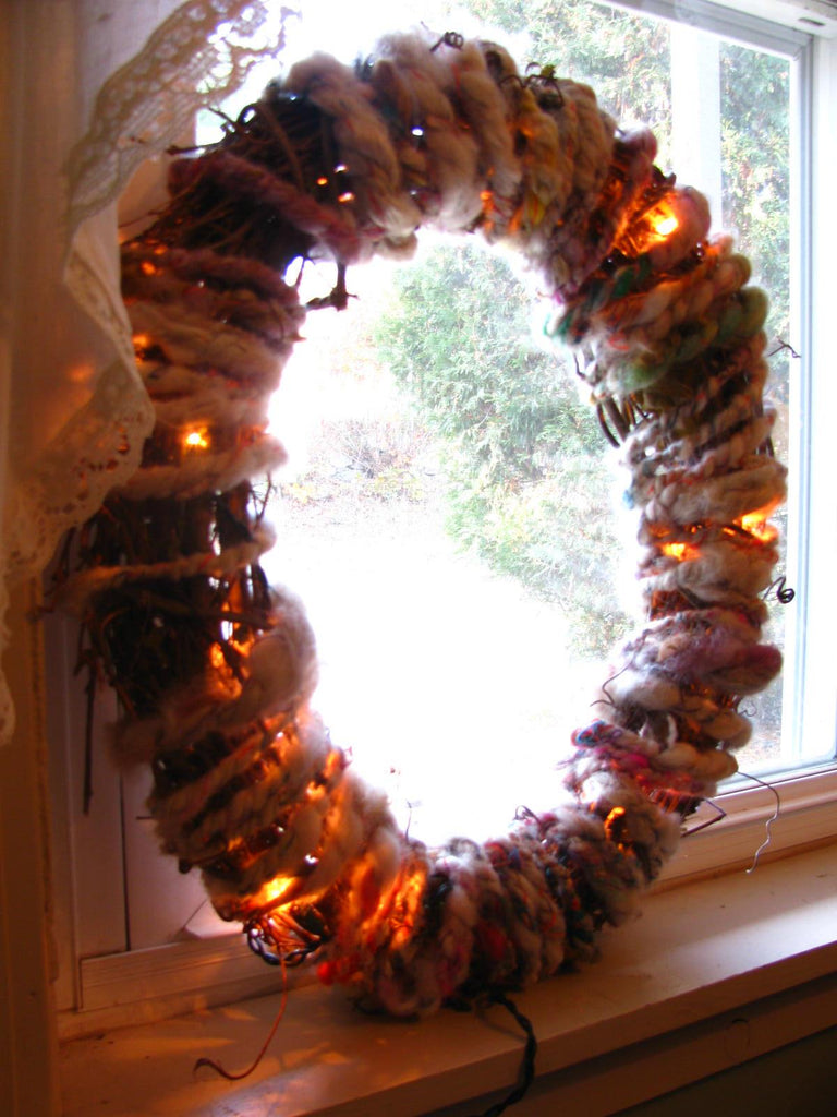 Glowy Winter WREATH (Free Handspun Project)