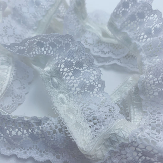 "1 3/4"" Scalloped Lace Trim - Non Stretch - White - 1.37M Bundle"