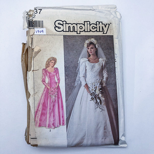Sewing Pattern - Women - Simplicity 7937