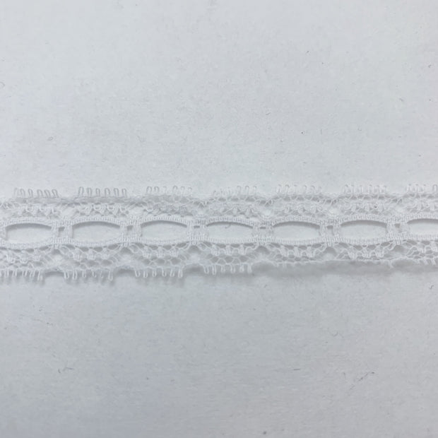 "3/4"" Oval Lace Trim - Non Stretch - White - 1M"