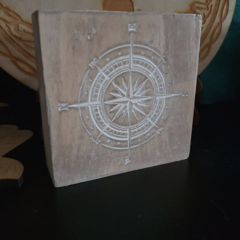 Reclaimed and White Washed Compass Block Grid - Tree Of Life Shoppe